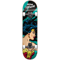 ALMOST ALMOST COMPLETE 7.75 HASLAM SKETCHY WONDER WOMAN